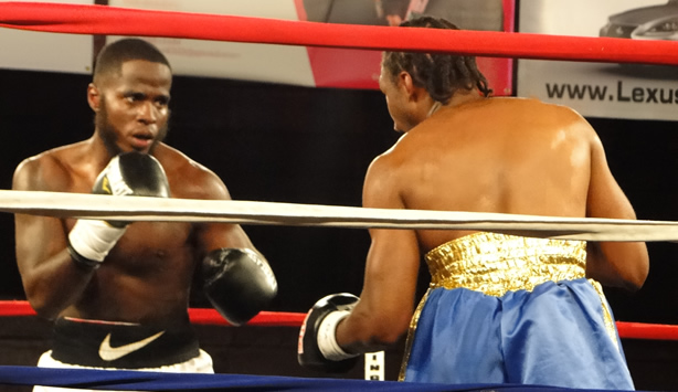 Donte Wright Victorious in Professional Debut